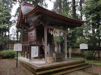 20120504織田神社bE-520_0019.jpg